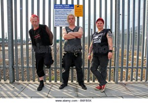the-punk-band-eastfield-who-are-also-railways-enthusiasts-in-stratford-b6fb5x